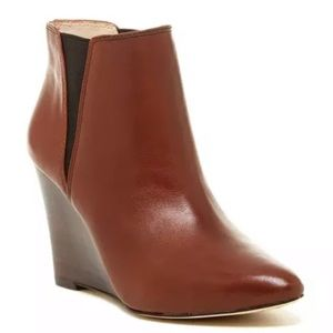 Louise et Cie Brown Wikket Wedge Bootie EUC